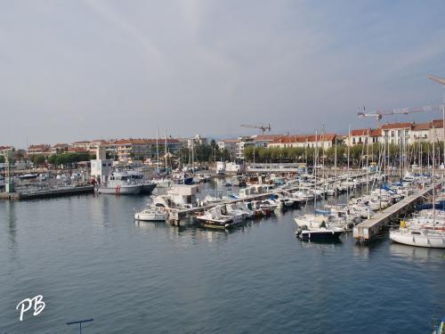 port de plaisance santa lucia lieu de loisirs 224 rapha 235 l