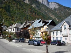 Le bourg d 39 oisans 6 afbeeldingen met hoge resolutie - Gevels van hedendaagse huizen ...