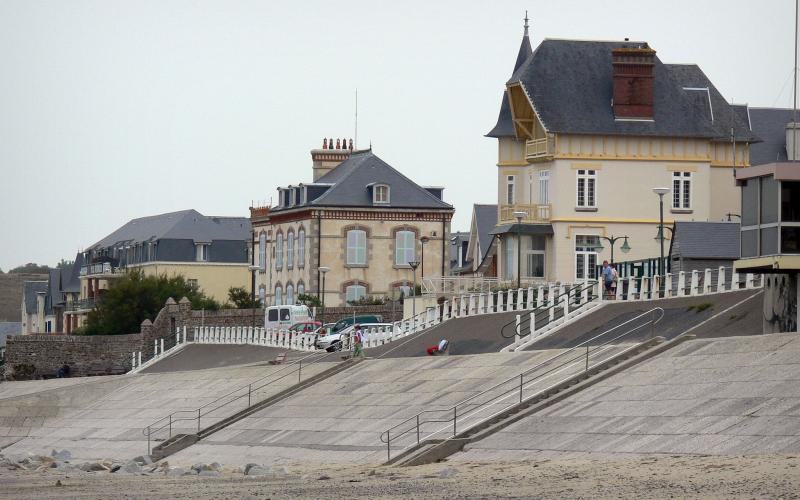 Hotel A Saint Pair Sur Mer